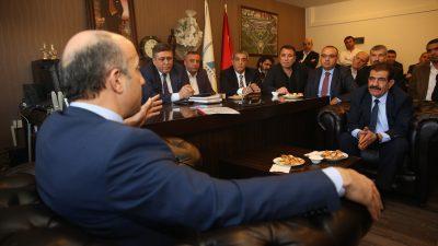 """AŞTİ'de konuşan Mücahit Arslan: """"Cumhurbaşkanını millet denetleyecek"""""""