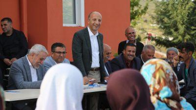 """""""Vesayet odaklarının muvaffak olmadıkları tek parti AK Parti"""""""